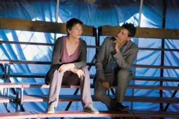 Jane Birkin e Sergio Castellitto in una scena del film Questione di punti di vista di Jacques Rivette