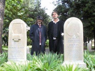 Biagio Propato e Salvatore Sansone in un'immagine del documentario Poeti di Toni D'Angelo