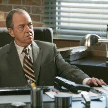 Gregory Itzin in una scena dell'episodio Redemption di The Mentalist