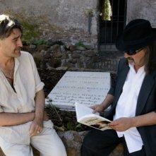 Salvatore Sansone e Biagio Propato in una scena del documentario Poeti di Toni D'Angelo
