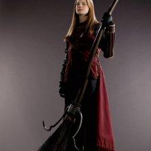 Bonnie Wright (Ginny Weasley) con la divisa da Quidditch per il film 'Harry Potter e il principe mezzosangue'