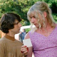 Demetri Martin e Liev Schreiber in un'immagine del film Taking Woodstock
