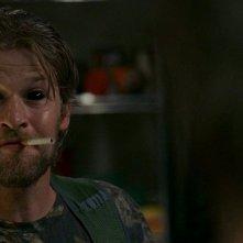 Terry (Todd Lowe) vittima dei poteri di Maryann in una scena dell'episodio 'New World In My View' della serie True Blood
