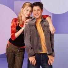 Alyson Michalka e Ricky Ullman in una foto promozionale per la serie 'Phil dal futuro'