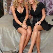 Le elegantissime sorelle Aly & A.J. Michalka