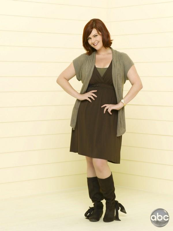 Sara Rue Interpreta Penny Nella Serie Televisiva Eastwick 128709