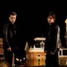 Paul Wesley e Ian Somerhalder in una scena dell'episodio Night of the Comet di The Vampire Diaries