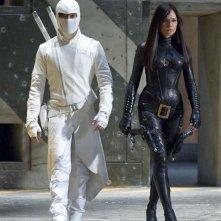 Lee Byung-hun e Sienna Miller in una sequenza del movie G.I. Joe: Rise of Cobra