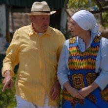 Massimo Boldi e Barbara De Rossi in una scena del film tv Un coccodrillo per amico