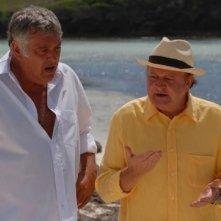 Massimo Boldi e Maurizio Mattioli in una scena del film tv Un coccodrillo per amico