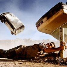Ramon Rodriguez in una scena spettacolare del film Transformers - La vendetta del caduto