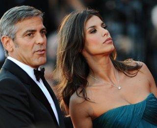 Venezia 2009: George Clooney con Elisabetta Canalis sul red carpet