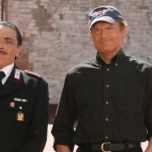Terence Hill e Nino Frassica in Don Matteo 7