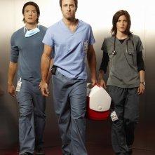 Alex O'Loughlin, Katherine Moennig e Daniel Henney in una immagine promozionale della serie Three Rivers
