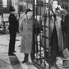 Alfred Hitchcock fa un\'apparizione nel film Rebecca, la prima moglie (1940)