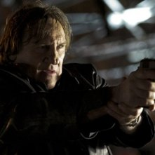 Gerard Depardieu in una scena del film Diamond 13