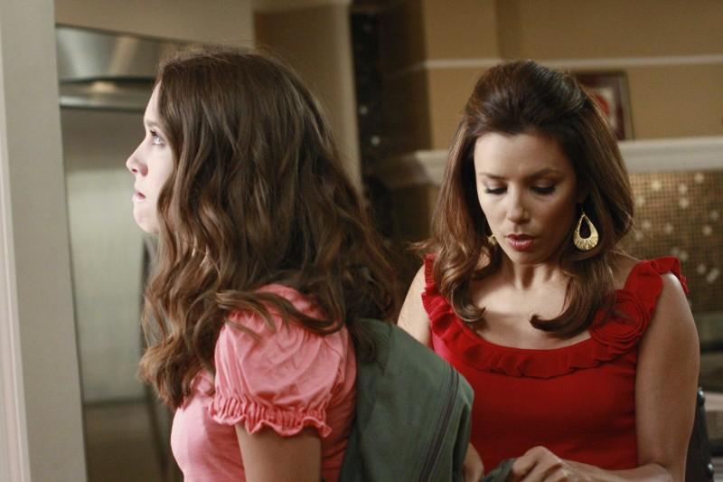 Desperate Housewives Eva Longoria Con Maiara Walsh In Nice Is Different Than Good Primo Episodio Della Sesta Stagione 130508