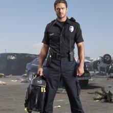 Taylor Kinney è Glenn Morrison nella serie Trauma
