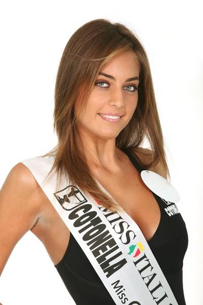 Una Foto Di Maria Perrusi Miss Italia 2009 130423