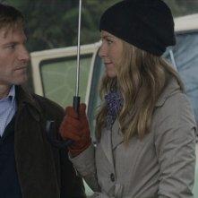 Aaron Eckhart e Jennifer Aniston in un'immagine del film Love Happens