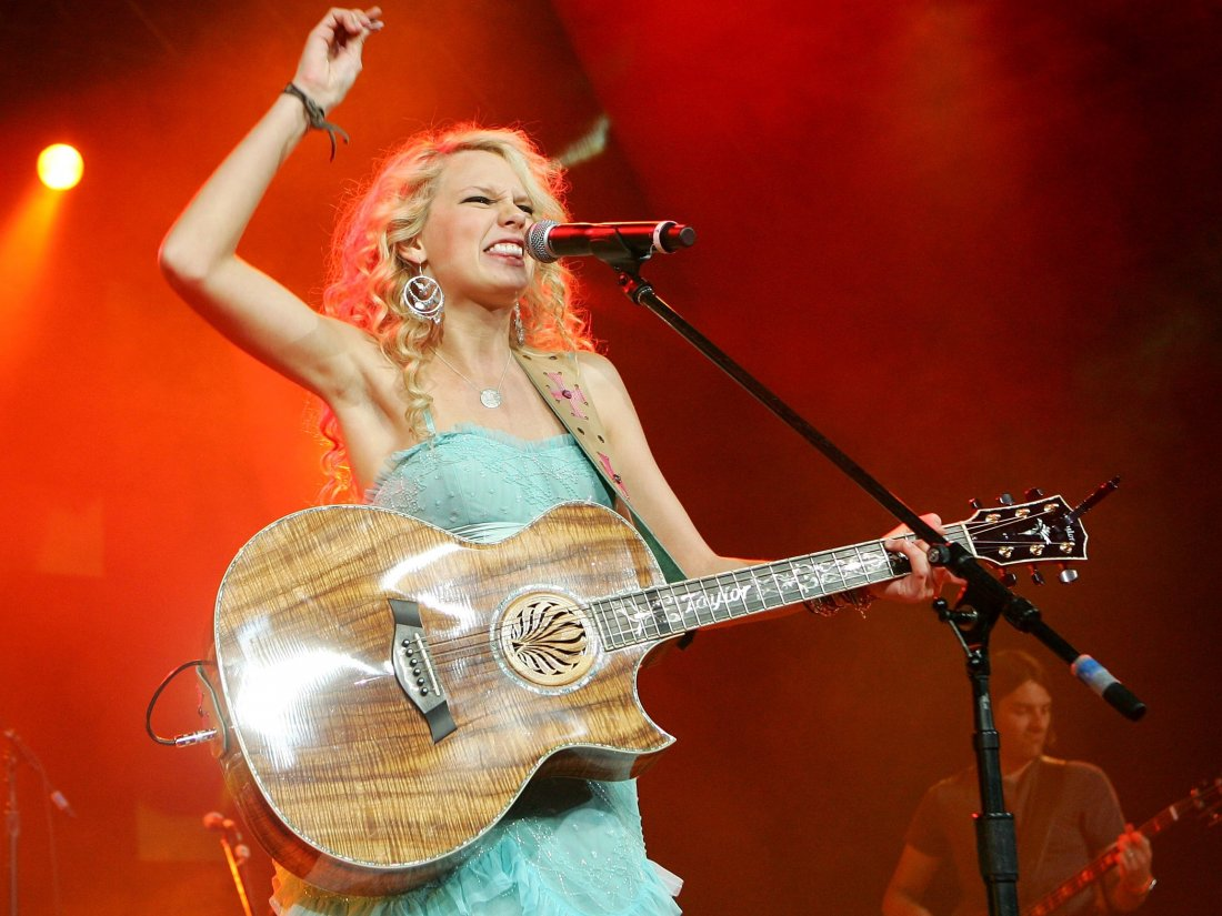 Wallpaper Taylor Swift In Concerto 130766