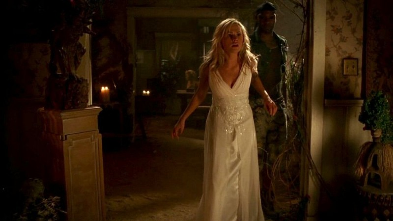 Anna Paquin In Una Scena Dell Episodio Beyond Here Lies Nothin Della Serie Tv True Blood 130791