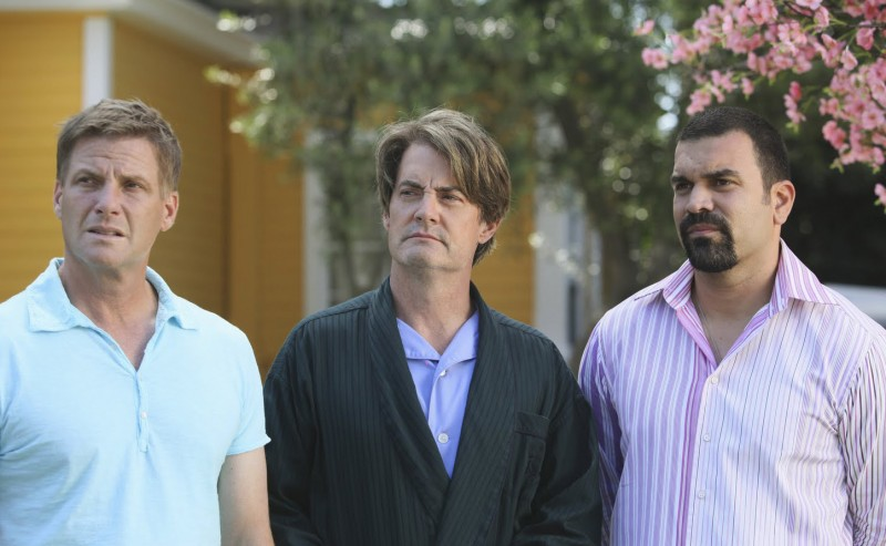 Desperate Housewives Ricardo Chavira E Doug Savant Con Kyle Maclachlan In Still Alive Episodio Della Sesta Stagione 130860