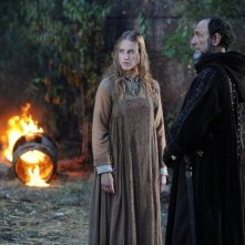 Federica Martinelli e F. Murray Abraham in un'immagine del film Barbarossa