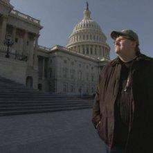 Michael Moore in un'immagine di Capitalism: A Love Story