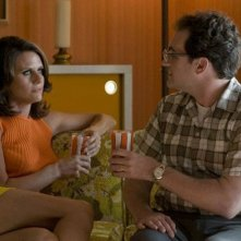 Amy Landecker e Michael Stuhlbarg in una scena del film A Serious Man