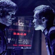 Dennis Quaid e Cam Gigandet in una scena del film Pandorum
