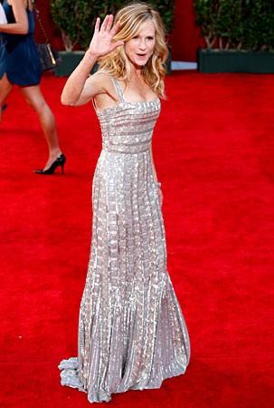 Holly Hunter Sul Tappeto Rosso Degli Emmy Awards 2009 131127