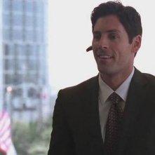 Jordan Belfi in una scena dell'episodio Security Briefs della sesta stagione di Entourage