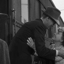 Joseph Cotten e Patricia Collinge in una scena del film L\'ombra del dubbio ( 1943 )