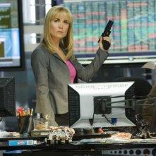 Radha Mitchell è l'Agente Peters nel film Il mondo dei replicanti
