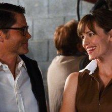 Rob Lowe e Jennifer Garner in una scena del film The Invention of Lying