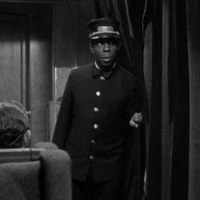 Una scena del film L\'ombra del dubbio ( 1943 ) di Alfred Hitchcock