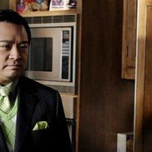 Rex Lee in una scena dell'episodio Berried Alive della sesta stagione di Entourage