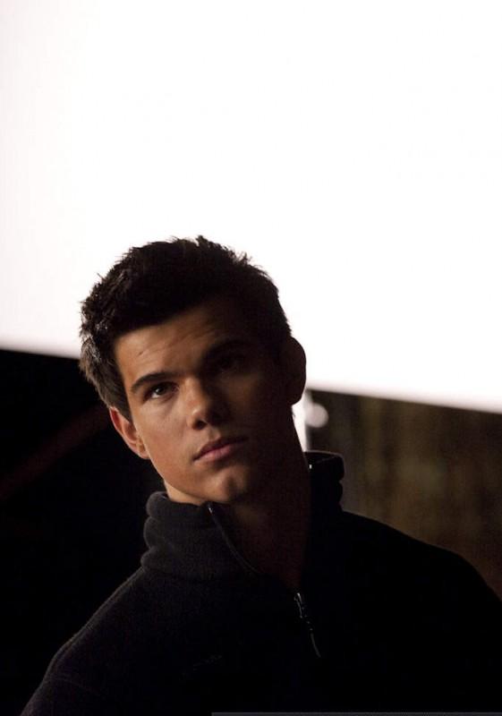 Un Ritratto Di Taylor Lautner Sul Set Di The Twilight Saga New Moon 131503