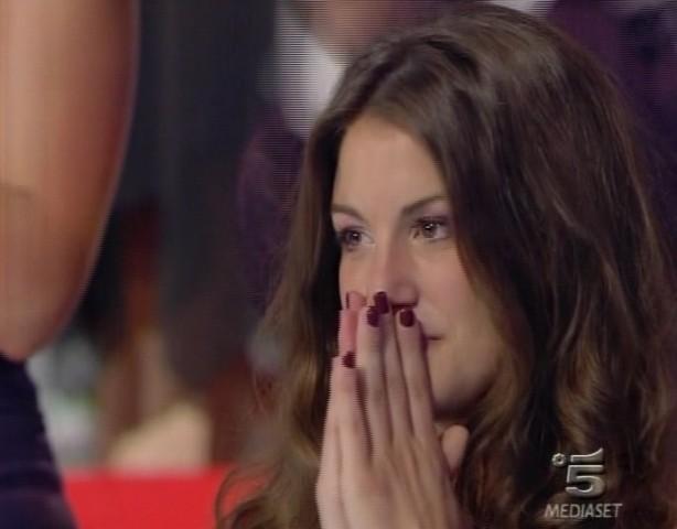 Francesca Fioretti Piange Per La Vittoria Di Ferdi Berisa Al Grande Fratello 9 131699
