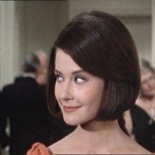 La bella Diane Baker in una scena del film Marnie (1964 )