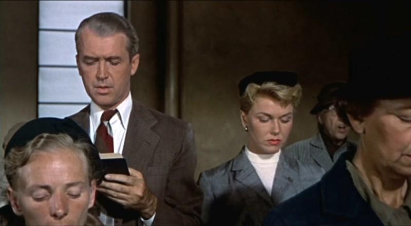 James Stewart E Doris Day Cantano In Chiesa In Una Scena Del Film L Uomo Che Saperva Troppo 1956 131870