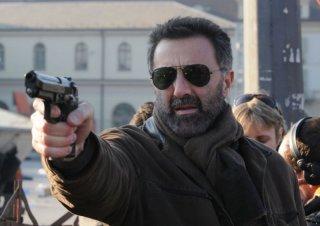 Luca Barbareschi in una immagine della terza stagione della serie tv Nebbie e delitti