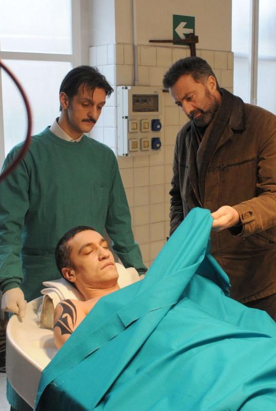 Luca Barbareschi In Una Sequenza Della Terza Stagione Della Serie Tv Nebbie E Delitti 132027
