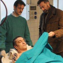 Luca Barbareschi in una sequenza della terza stagione della serie tv Nebbie e delitti
