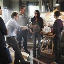 Christian Slater, Michelle Borth e Bob Stephenson in una scena dell'episodio Parachute Jane di The Forgotten