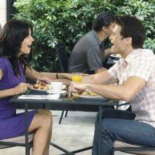 Courteney Cox e Nick Zano nell'episodio Don't Do Me Like That di Cougar Town