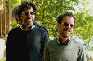 Joel Coen ed Ethan Coen sul set del film A Serious Man