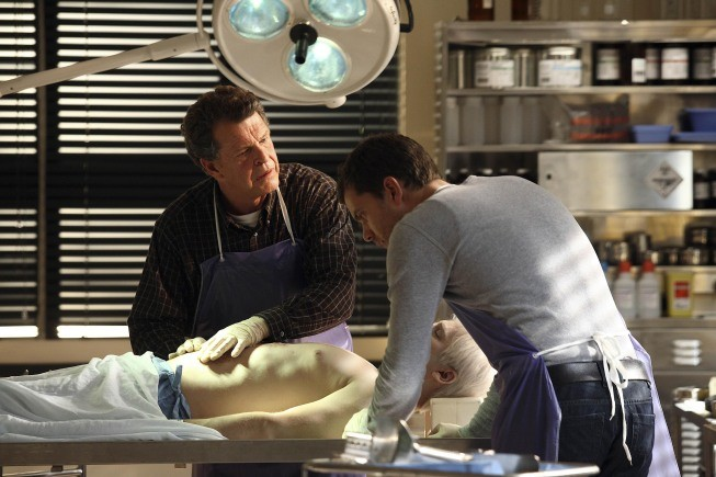 John Noble E Joshua Jackson Nell Episodio Dream Logic Di Fringe 132560