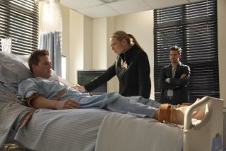 Joshua Jackson ed Anna Torv in una scena dell'episodio Dream Logic di Fringe